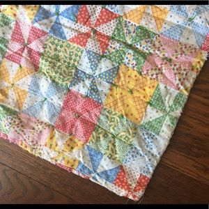 Other - Vintage Pinwheel Quilt
